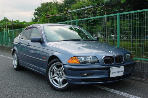 00_BMW323_01