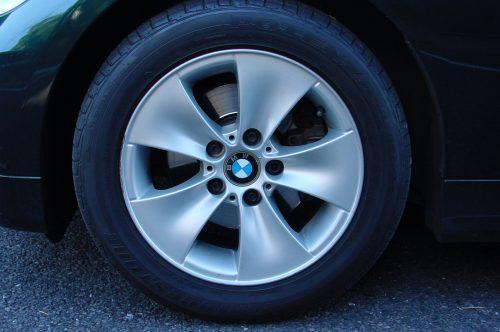 06_BMW323_13