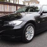 09 BMW320i