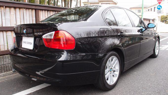 09_BMW320_04