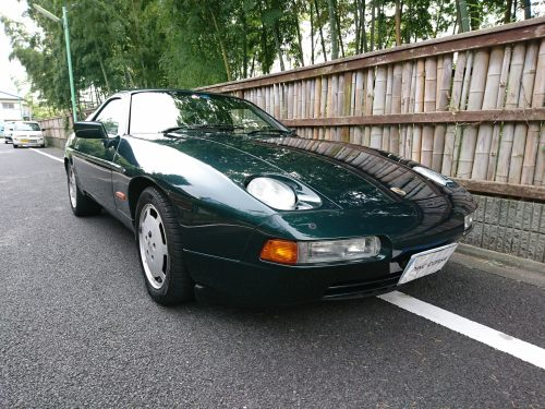 90_Porsche928_02
